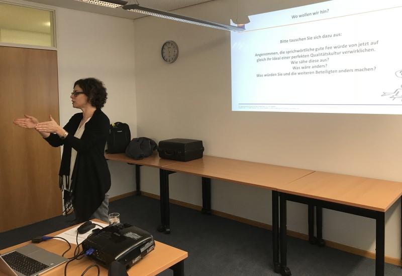 DGQ-Vortrag MZ Claudia Metzger